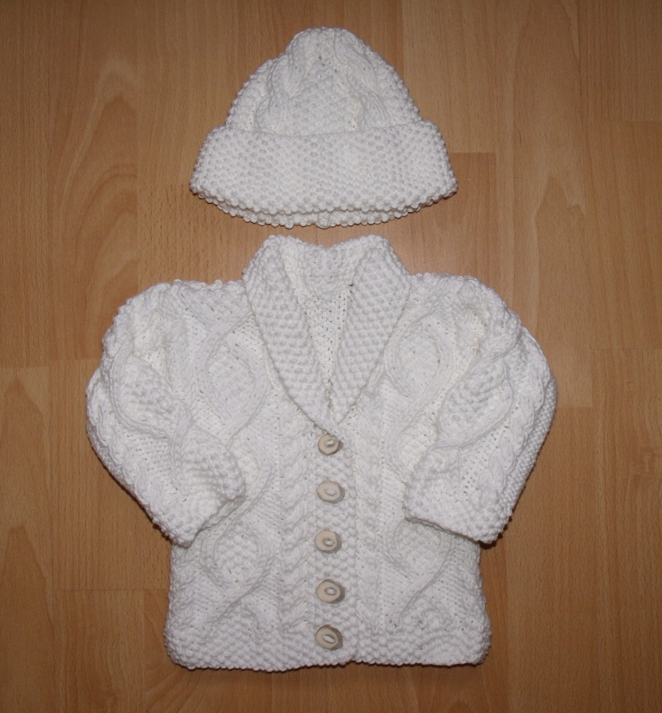 Knitting Patterns In Aran For Babies : Trellis baby cardigan Feresaknits Blog